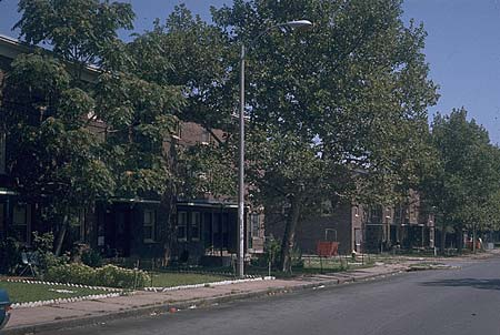 Carr Square Village (from Oscar Newman, Creating Defensible Space)