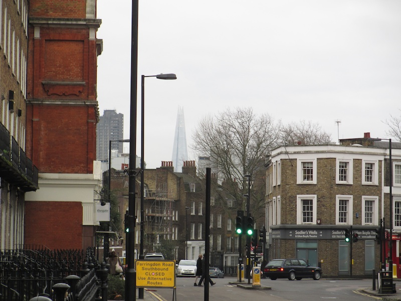 View of Shard from Farringdon Road (D. Saitta)