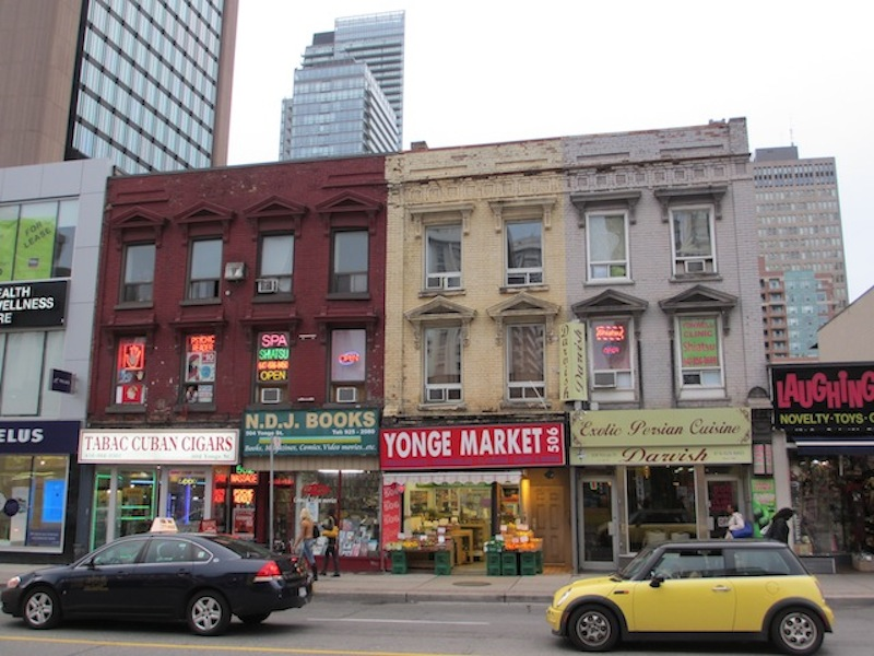 Yonge Street, Toronto (D. Saitta)