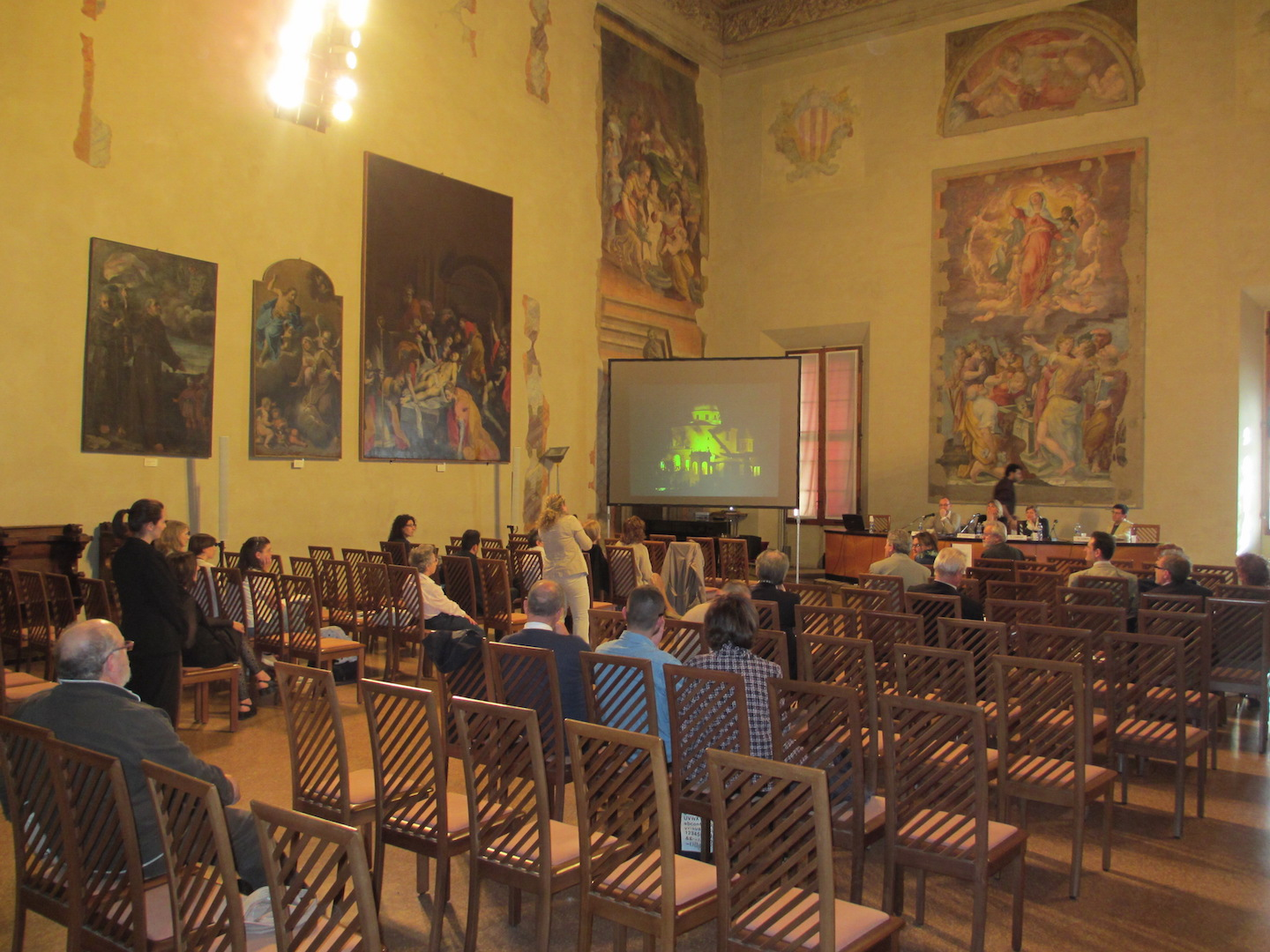 Contours of the City Conference meeting room: Capella Farnese, Palazzo d'Accursio, Bologna (Photograph by D. Saitta)