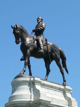 Robert E. Lee Monument, Richmond, Virginia (Wikimedia Commons)